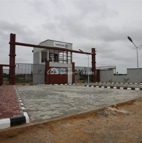 Land with C of O Title, Lekki Expressway, Lekki, Lagos, Mixed-use Land for Sale