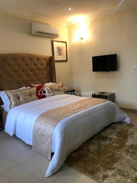 Exquisitely Furnished 3 Bedroom Flat, Bedwell Street, Ikoyi, Lagos, Flat Short Let