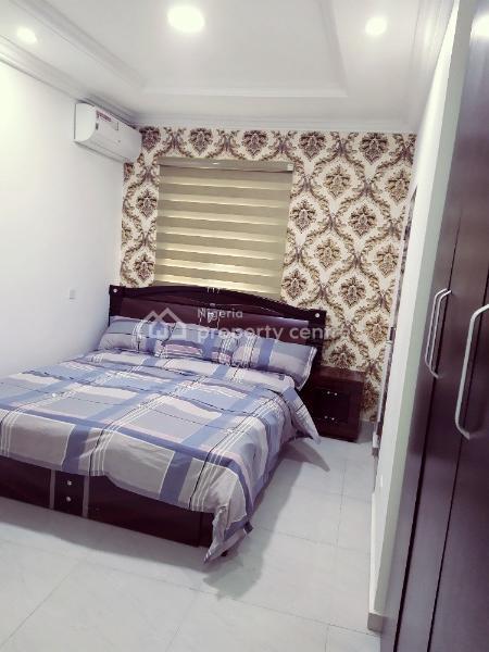 Tastefully Furnished 3 Bedroom Apartment, Abiola Apooyin Street, Oral Estate, Lekki Expressway, Lekki, Lagos, Flat Short Let
