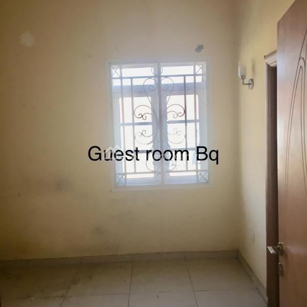Spacious 3 Bedroom Flat with Bq, Wuye, Abuja, Flat for Rent