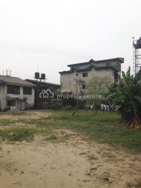 Block of Flats on Big Plot of Land, Mofor Junction Dsc Expressway, Udu, Delta, Block of Flats for Sale