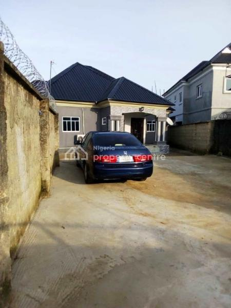 Spacious 4 Bedroom Bungalow with All Rooms En-suite, Along Mbierebe Road, Uyo, Akwa Ibom, Detached Bungalow for Sale