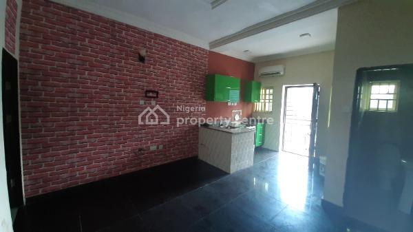 Luxury 1 Bedroom Mini Flat, Chevron, Lekki Phase 1, Lekki, Lagos, Mini Flat for Rent