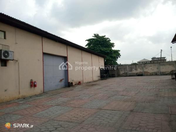 Clean 3,760sqft Warehouse, Matori Industrial Estate, Challenge, Mushin, Lagos, Warehouse for Rent
