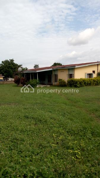 4 Bedroom Bungalow & 2 Nos of 2 Rooms Self-contained on 4 Plots Fenced, Oko Road, Beside Royalton Hotel, Gra, Ilorin South, Kwara, Detached Bungalow for Sale