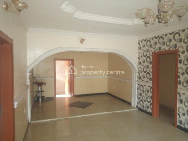 3 Bedroom Flat, Idiroko Bus Stop, Off Elepe, Ijede Road, Ikorodu, Lagos, Flat for Rent