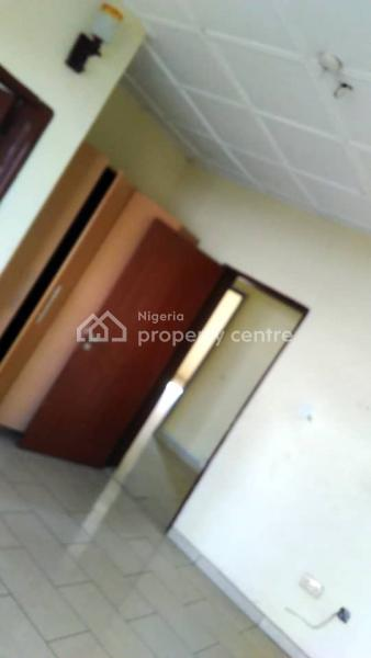 a Clean and Spacious 3 Bedroom Flat Upstairs, Lekki County, Nicon Town, Lekki, Lagos, Terraced Duplex for Rent