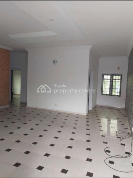 Very Neat 3 Bedroom Flat, Ologolo, Lekki, Lagos, Flat for Rent