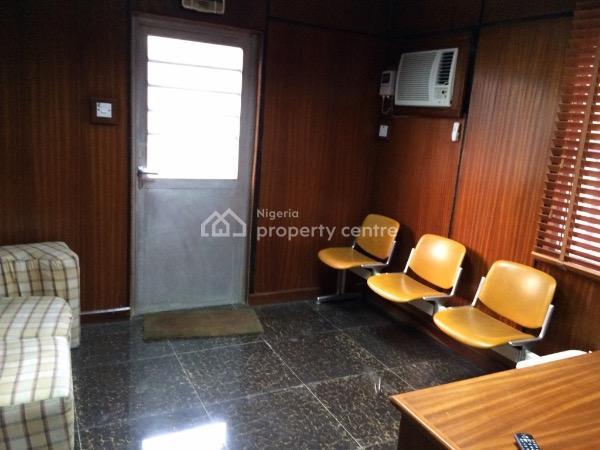 Executive Office Bungalow, Oduduwa Crescent, Ikeja Gra, Ikeja, Lagos, Detached Bungalow for Rent