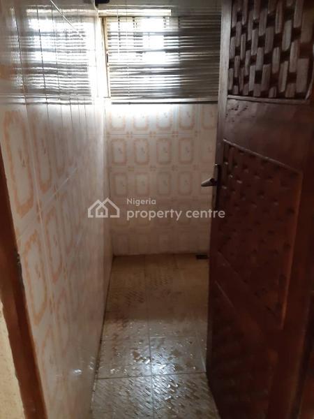 3 Bedroom Flat, Adekunle Street, Surulere, Lagos, Flat for Rent