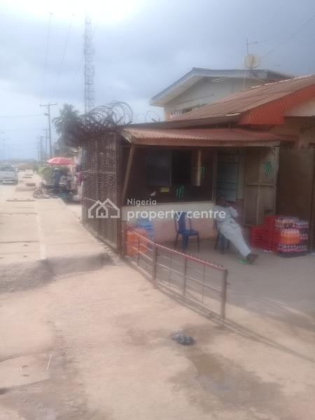 Warehouse(ensuite), Amule Bus Stop, Ipaja, Lagos, Warehouse for Rent