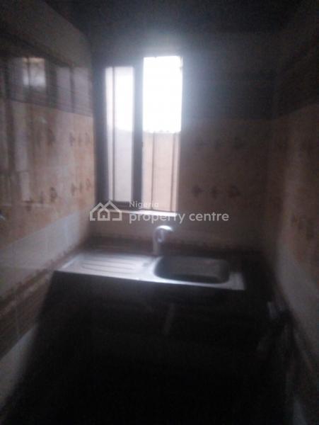 Mini Flat, Via Pako Bus Stop, Lawanson, Surulere, Lagos, Mini Flat for Rent