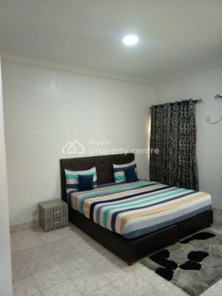 Tastefully Furnished 2 Bedroom with Swimming Pool, Lekki Phase 1, Lekki, Lagos, Flat Short Let