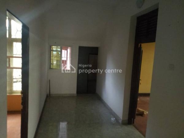 Decent 3 Bedroom Flat, Off Herbert Macaulay Rd, Abule Oja, Yaba, Lagos, Flat for Rent