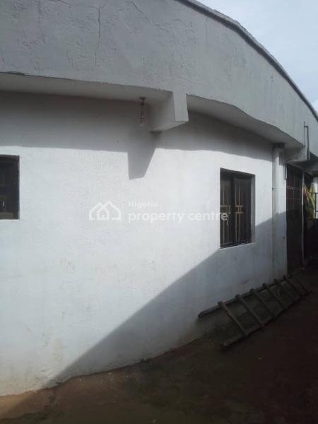 3 Bedroom Flat, Ujemen, Ekpoma, Akoko Edo, Edo, Flat for Sale