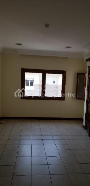 Serviced Four Bedroom Terraced Duplex, Lekki Phase 1, Lekki, Lagos, Terraced Duplex for Rent