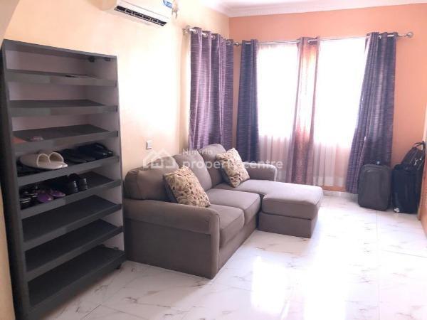 Tastefully Furnished 3 Bedroom Apartment., Ikate Elegushi, Lekki, Lagos, Flat Short Let