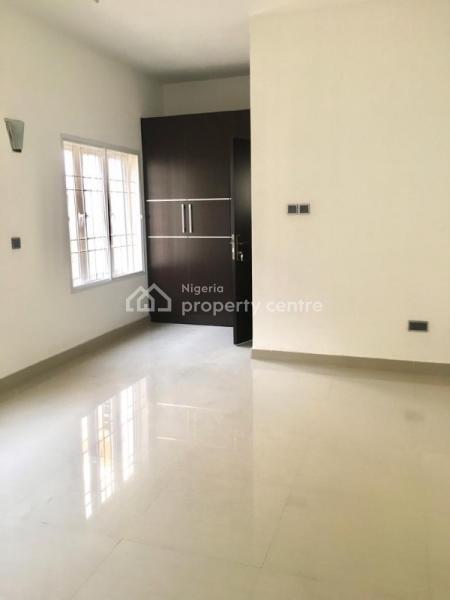 6 Bedroom Detached Duplex with a Bq, Osapa, Lekki, Lagos, Flat for Rent