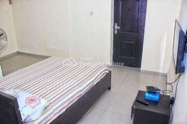 Furnished Studio Apartment ( Monthly), 65 Ajiran Agungi, Agungi, Lekki, Lagos, Self Contained (single Rooms) Short Let