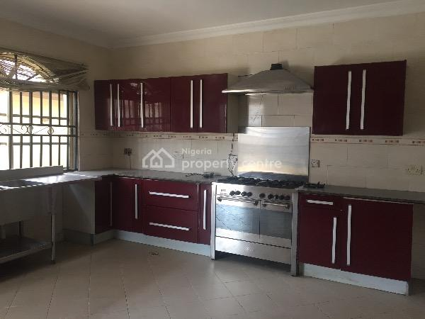 Luxurious 5 Bedroom Detached House with 2 Rooms Self Contained, Nicon Town Estate, Lekki Phase 1, Lekki, Lagos, Detached Duplex for Rent