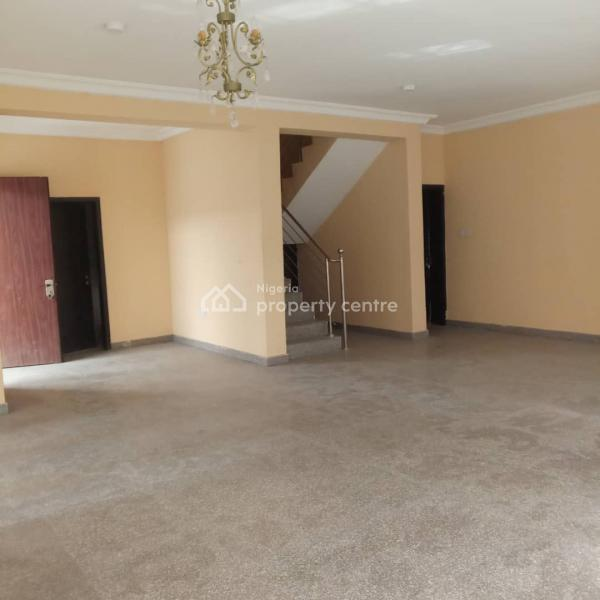 For Rent: Captivating & Spacious 4 Bedroom Semi-detached