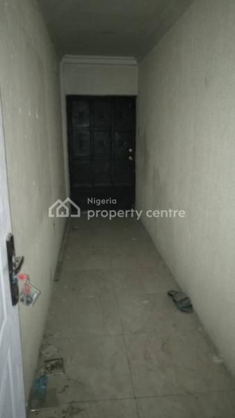 Spacious Mini Flat (room & Parlor)self Contained, Palace Road, Ikate Elegushi, Lekki, Lagos, Mini Flat for Rent