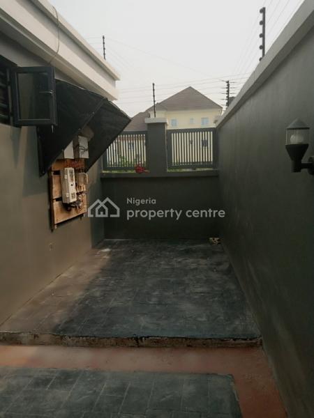 Luxurious 4bedroom Terrace, Ikota Villa, Lekki Phase 1, Lekki, Lagos, Terraced Duplex for Sale
