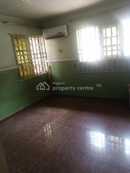 2bedroom Terrace, Lekki Phase 1, Lekki, Lagos, Terraced Duplex for Rent
