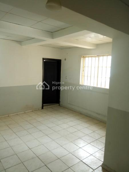 Superb Spacious Serviced 1 Bedroom Flat with 2 Toilets, Panama Street, Maitama District, Abuja, Mini Flat for Rent