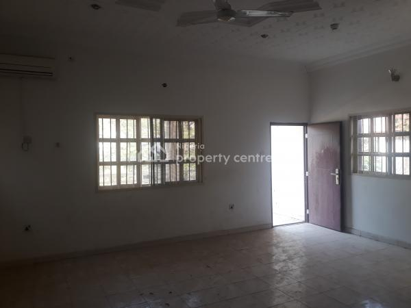 5 Bedrooms Fully Detached Duplex +2 Rooms Bq & 2 Rooms Guest Chalet, Off Ibb Boulevard Way, Maitama District, Abuja, Office Space for Rent