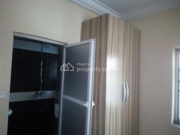 3 Bedroom Flat, Ago Palace, Isolo, Lagos, Flat for Rent