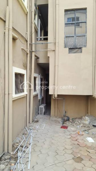 a Room Bq, Jakande, Lekki, Lagos, Self Contained (single Rooms) for Rent