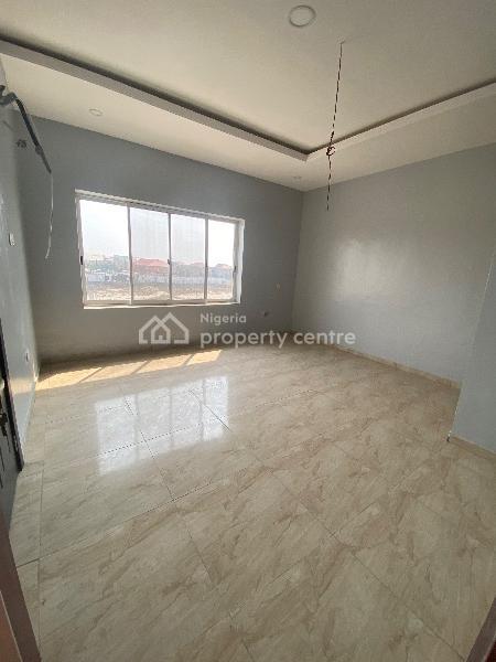 5 Bedroom Semi Detached, Lekki Phase 1, Lekki, Lagos, Semi-detached Duplex for Sale