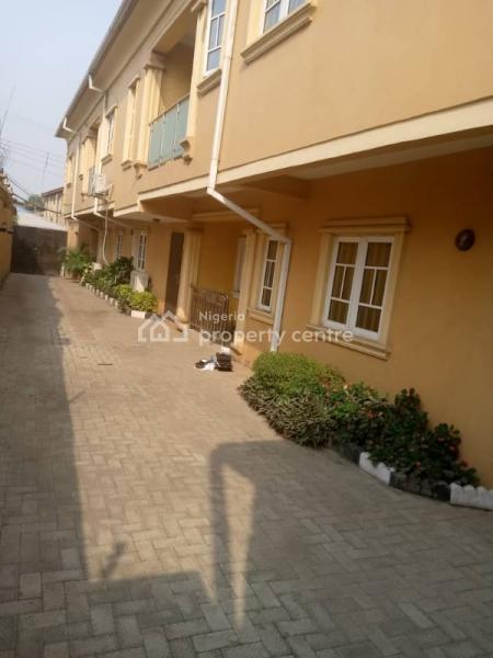 2 Bedroom Flat, Off Ilupeju Bye-pass, Ilupeju, Lagos, Flat for Rent