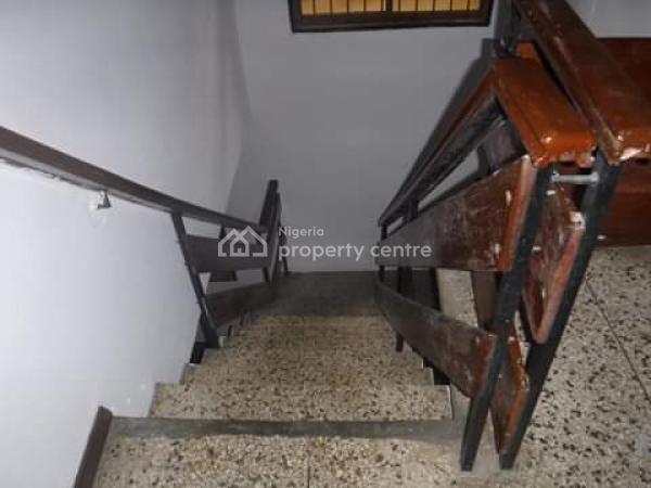 Fully Detatched 5 Bedroom Duplex. Visitors Room Is Ensuite. 4 Rms Upstair, Adekunle Kuye Street, Aguda Surulere., Aguda, Surulere, Lagos, Flat for Rent