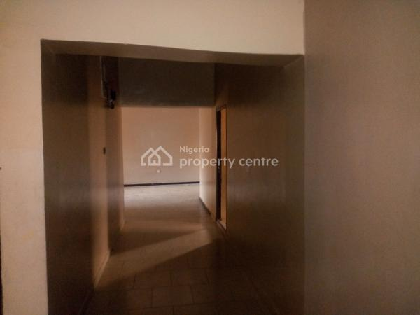 Excellent 3 Bedroom, Off First Avenue, Gwarinpa, Abuja, Flat for Rent