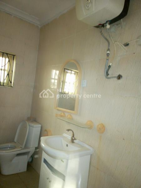Standard Room Self Shared Apartment with Wardrobe and Water Heater, Greenville Estate Badore Road Ajah, Badore, Ajah, Lagos, Flat for Rent