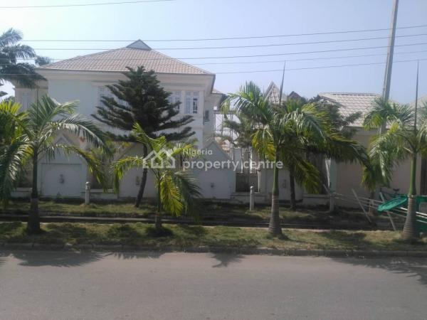 Standard  4 Bedroom Duplex, Off 6th Avenue, Main Gwarinpa, Gwarinpa, Abuja, Detached Duplex for Sale