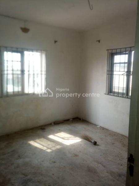 Fairly Used and Spacious Mini Flat, Oyadiran Estate, Sabo, Yaba, Lagos, Mini Flat for Rent
