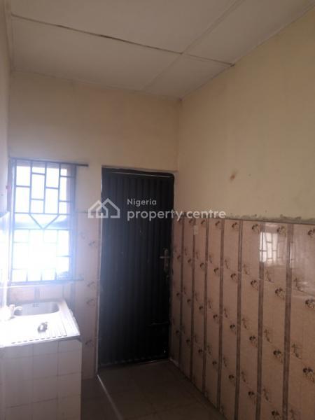 2 Bedroom Flat in a Serene Neighbourhood, Baruwa, Ipaja, Lagos, Flat for Rent