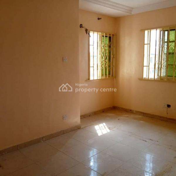 For Rent: Mind Blowing And Cheap 7 Bedrooms Flat