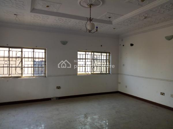 Big Room.self Contain, Off Hakeem Dickson Road, Lekki Phase 1, Lekki, Lagos, Self Contained (single Rooms) for Rent