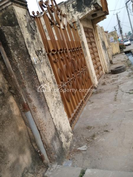 3 Bedroom Cornerpiece, Off Fujah Street Off Randle Avenue, Ogunlana, Surulere, Lagos, Flat for Sale