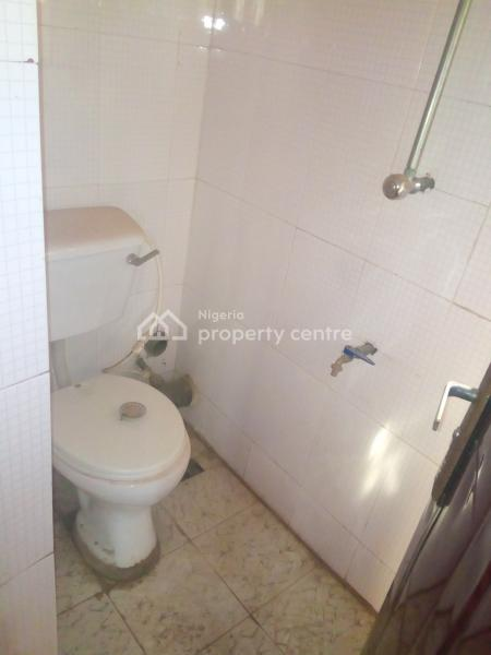 Relatively New 3bedroom Flat Apartment, First Ramat Crescent, Ogudu, Lagos, Flat for Rent