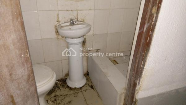 a Room and Parlour in a Gated Street, Agungi, Lekki, Lagos, Mini Flat for Rent