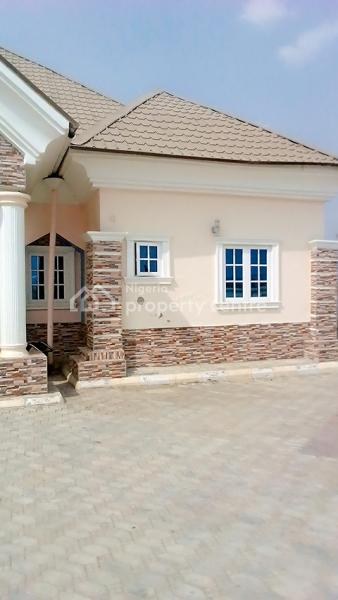 4 Bedroom Bungalow, Off Angyi Junction, Karu, Nasarawa, Detached Bungalow for Sale
