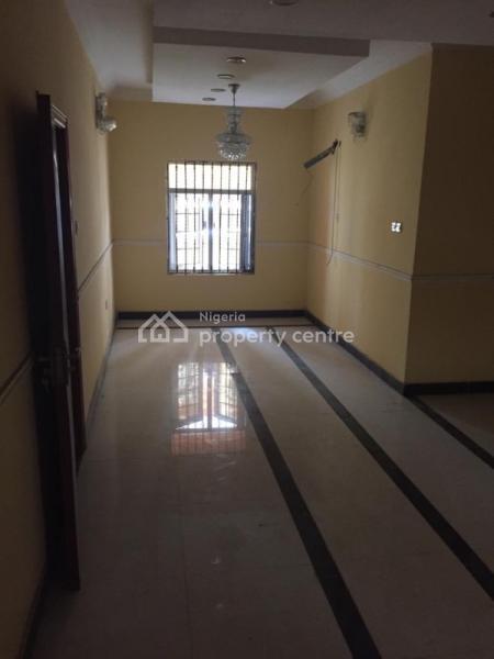 Luxury 3bedroom Flat with a Bq All En-suite, Chevron Drive, Lekki Expressway, Lekki, Lagos, Flat for Sale