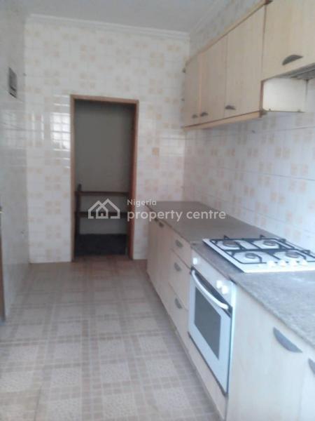 4 Bedroom Town House, Off Ladipo Oluwole,adeniyi Jones, Ikeja, Lagos, House for Rent