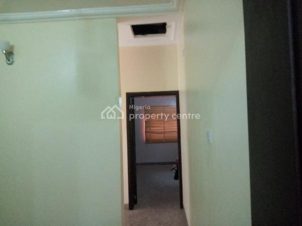 Standard 2 Bedroom Terrace, 5th Avenue, Gwarinpa, Abuja, Terraced Duplex for Rent