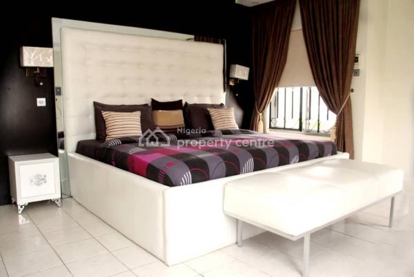 Luxury Three Bedroom Furnished Apartment, Inside Estate Lekki, Lekki Phase 1, Lekki, Lagos, Flat for Rent